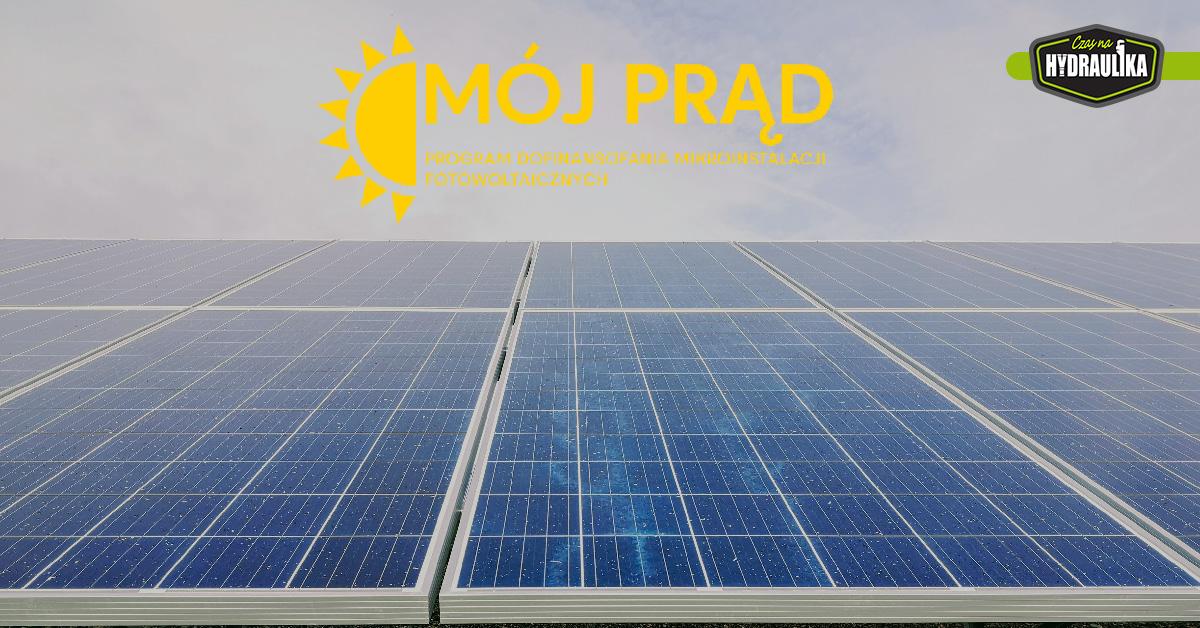 panele fotowoltaiczne i logo programu Mój Prąd 3.0